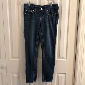 Seven 7 Jeans size 6 skinny legs. EUC
